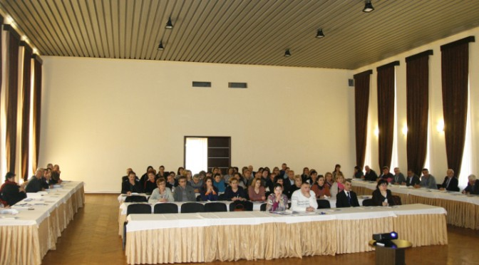 DISASTER RISK REDUCTION INTRODUCTORY WORKSHOP For Case Managers of Integrated Social Centers and Social Workers (PHOTOS)