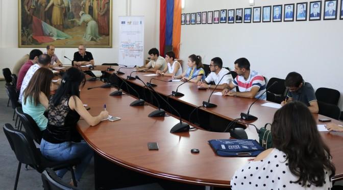 Հանդիպում Կապանի երիտասարդական խորհրդի ներկայացուցիչների հետ